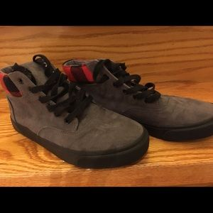 Old Navy Big Boys Lace-Up Sneakers, size 4